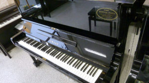 【売約済み】ヤマハリニューアルピアノU3A