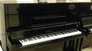 【売約済み】明石店取扱:ヤマハリニューアルピアノUX30BL
