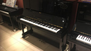 【売約済み】ヤマハリニューアルピアノUX3